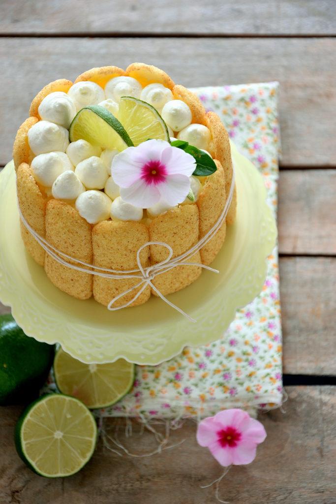 Mini Charlotte al limoncello con mousse delicata al lime