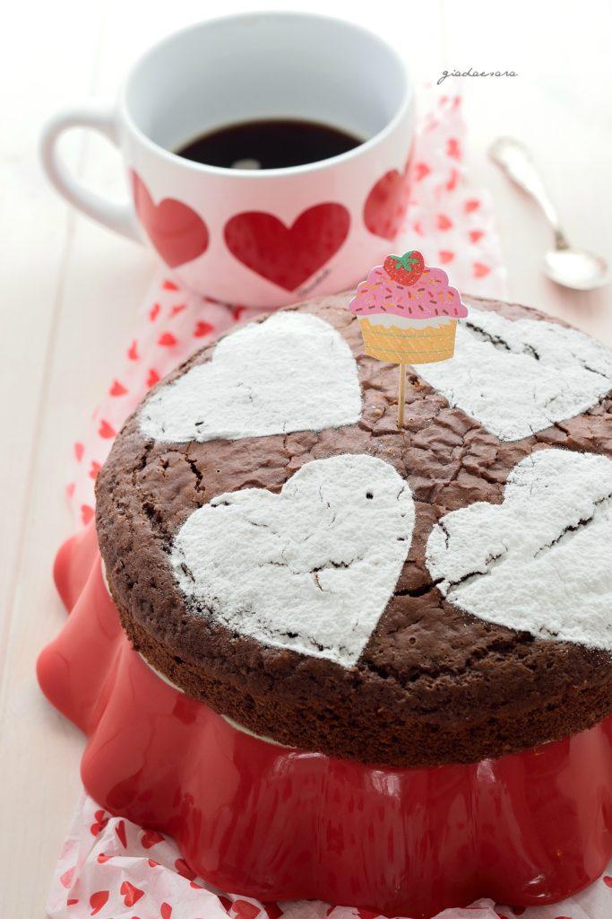 Torta al cioccolato super soffice (senza uova e senza burro)