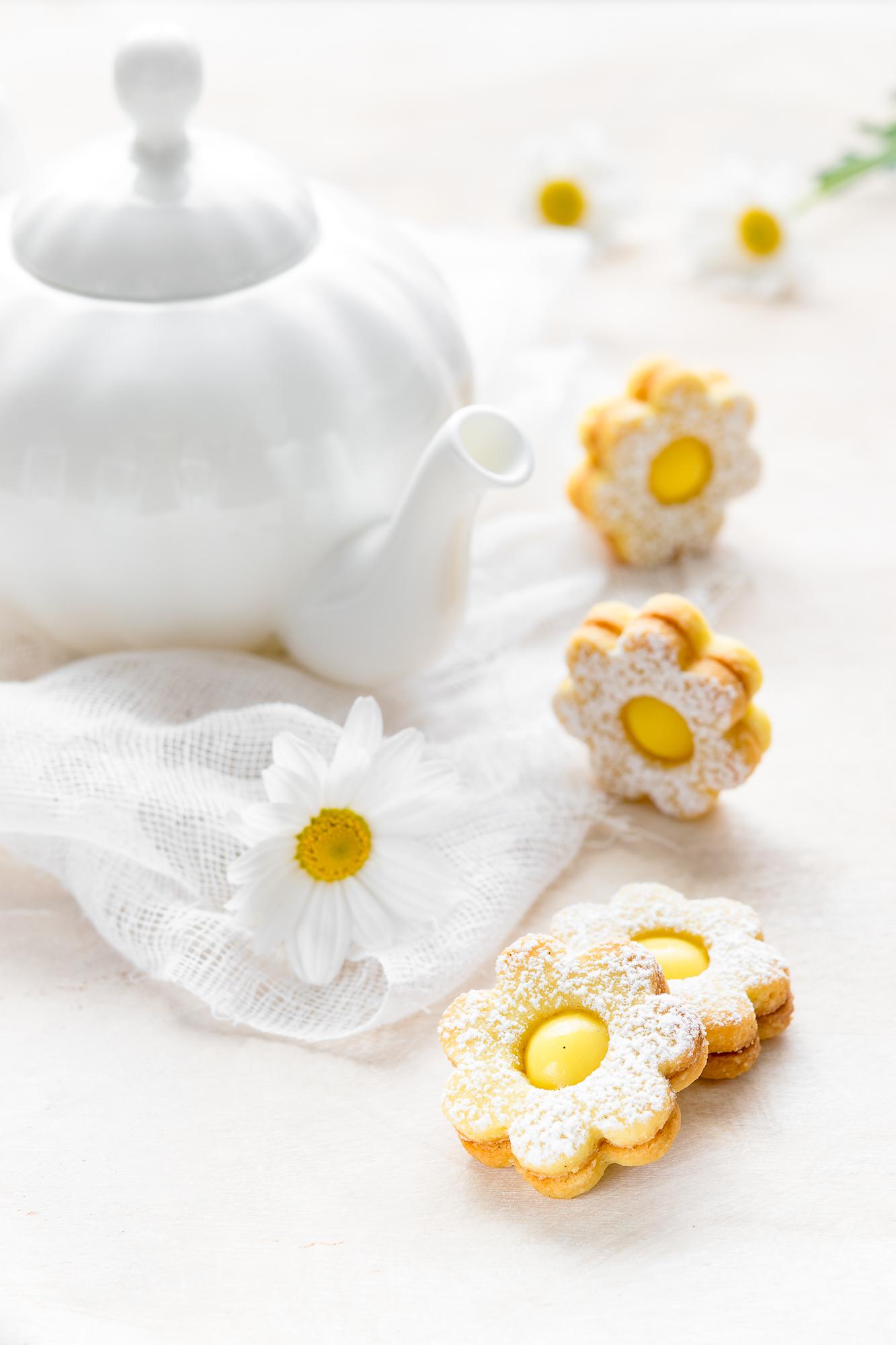 Margheritine alle mandorle e crema al limone